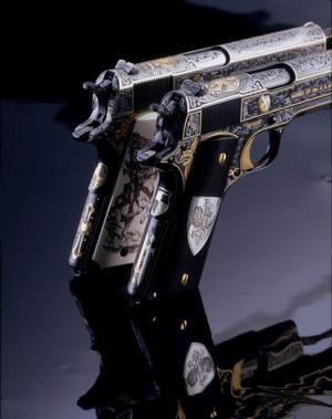 Amazing Engraved Pistols