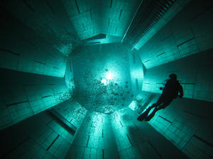Nemo 33 Deepest pool in the world