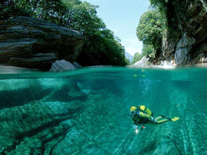 Amazing diving location Switzerland