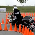 Amazing police officer motorcycle skills