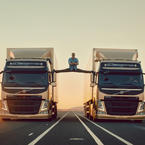 Volvo Trucks + Jean-Claude Van Damme [Video]