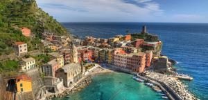 Beautiful Coast of Italy Cinque Terre Wallpaper