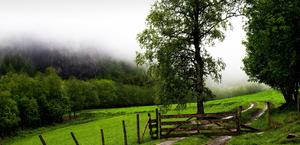 HD Mac and PC Wallpaper of a Ranch in the Cliffs