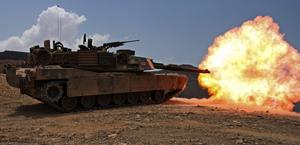 M1 Abrams tank firing HD Wallpaper