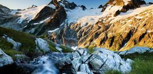 HD Wallpaper of Mountains