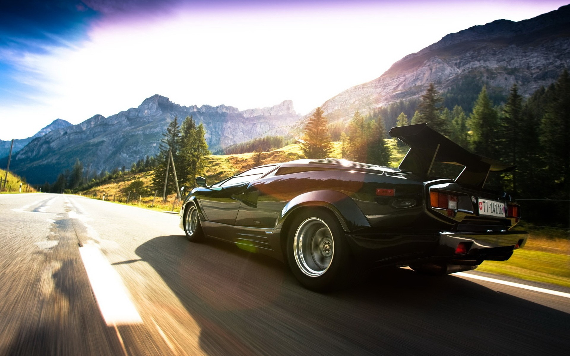 Daily Wallpaper Lamborghini Countach I Like To Waste My Time
