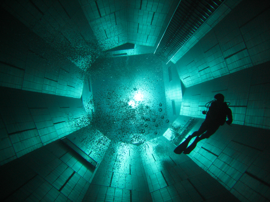 The Deepest Swimming Pool In The World 8 Pics I Like To Waste My Time