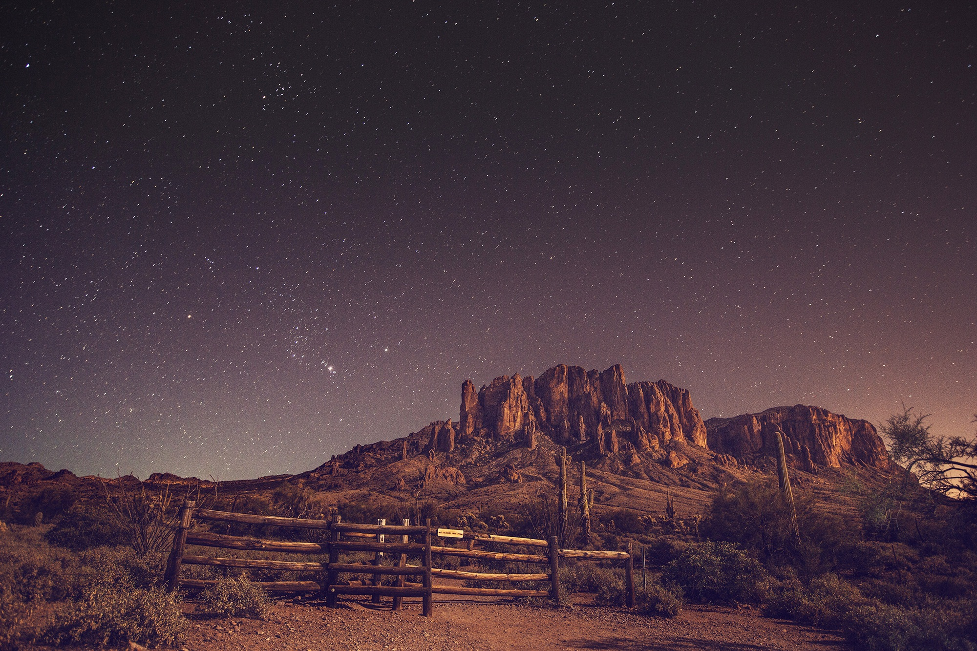 Daily Wallpaper Desert Night Sky