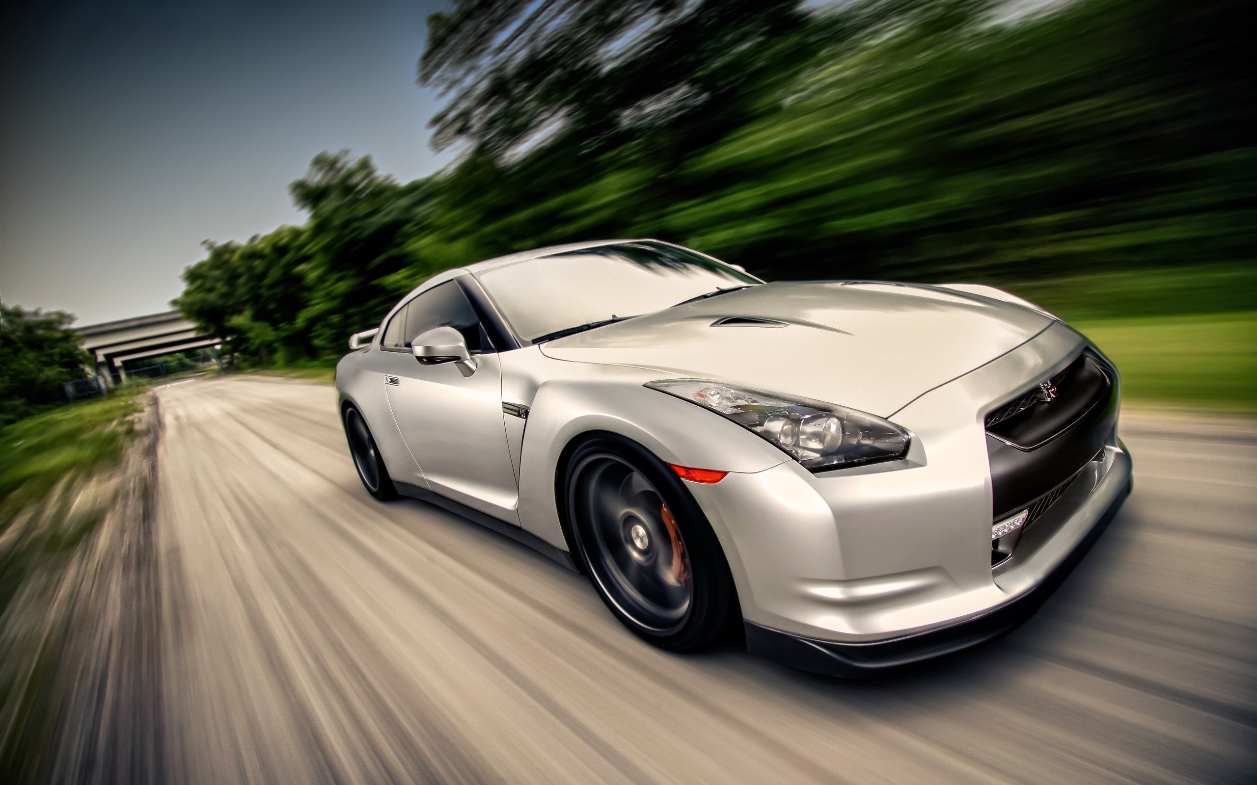Daily Wallpaper Nissan Gtr Rolling I Like To Waste My Time