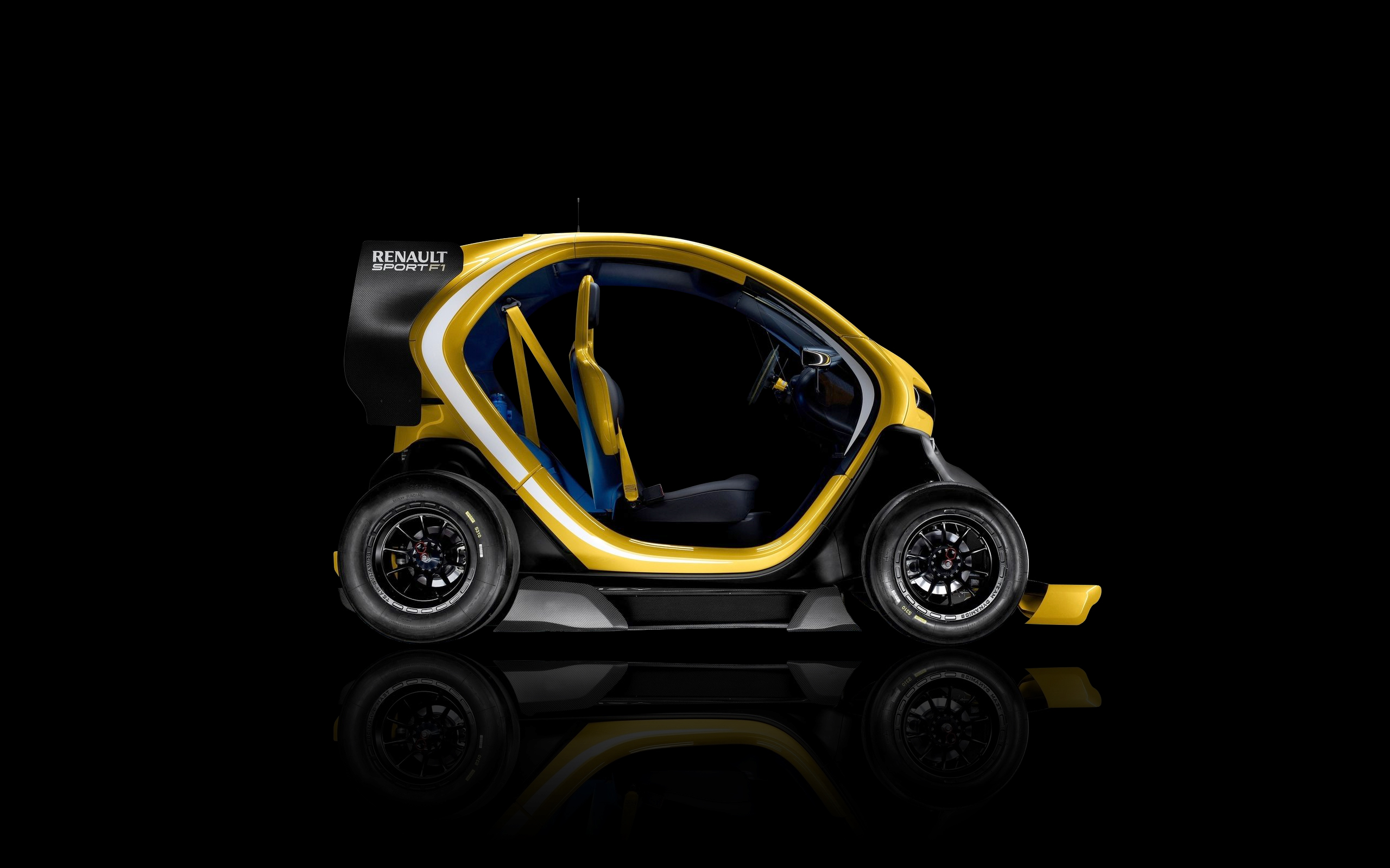 Daily Wallpaper Renault Twizy Sport F1 Exclusive I