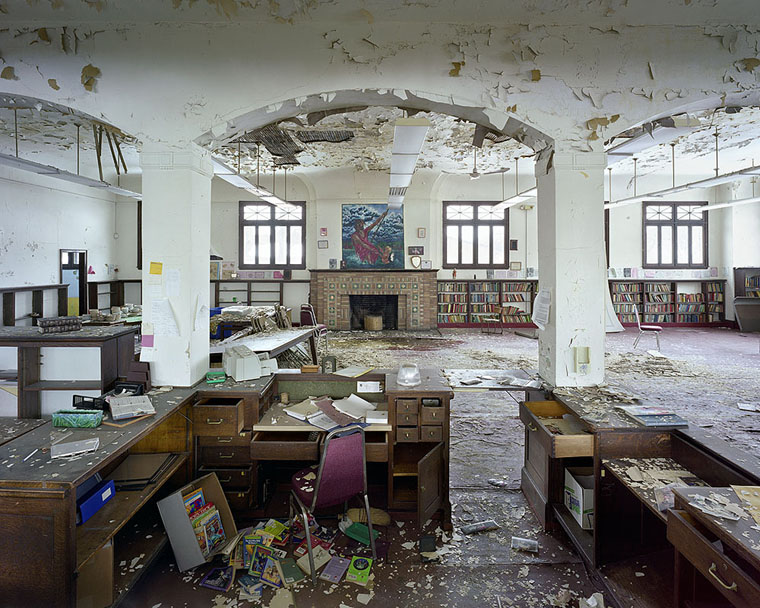 The Frozen In Time Ruins Of Old Detroit Photos I Like