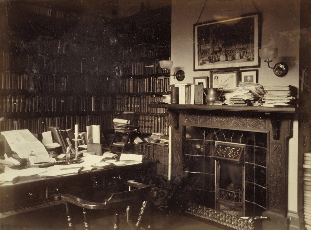 Private study rooms of famous people 27 pics i like to for Picture room