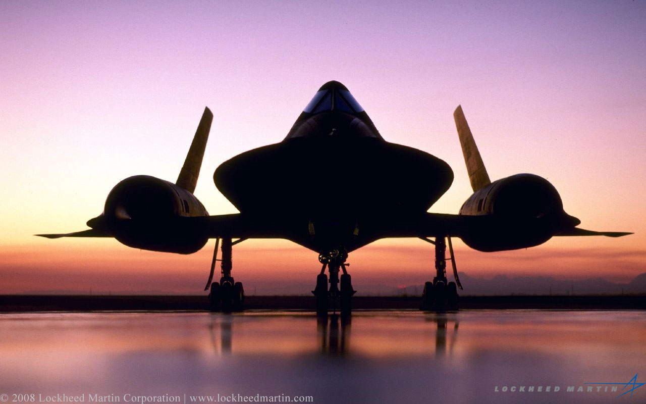 sr 71 blackbird Cover your body with amazing sr 71 blackbird t-shirts from zazzle search for your new favorite shirt from thousands of great designs.