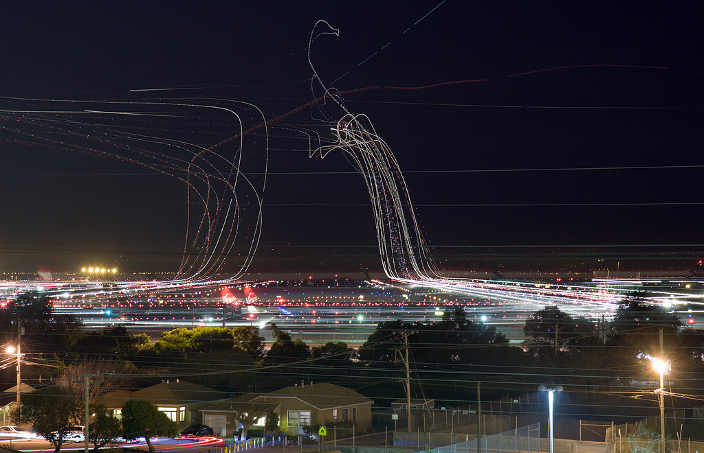 Long Exposure Photographs Of An Airport 10 Pics I Like