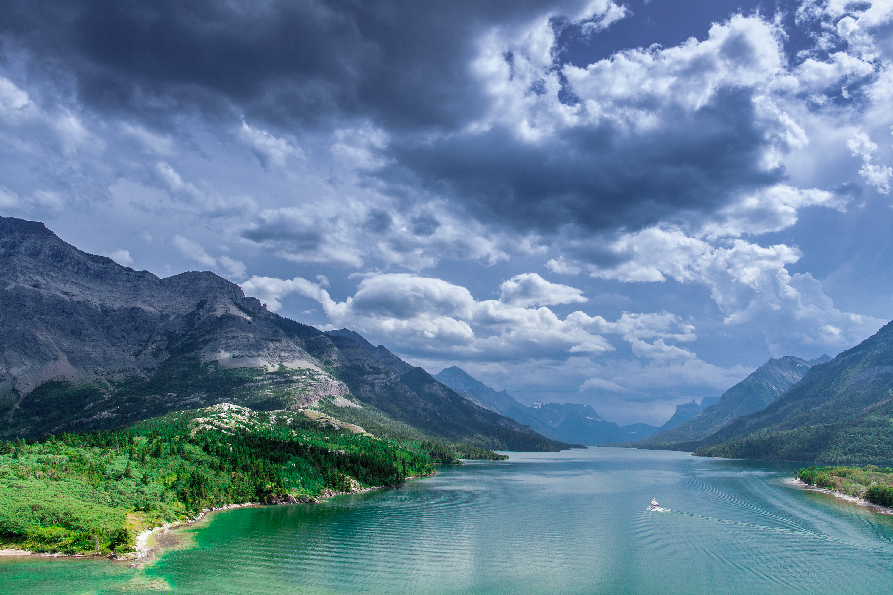 daily wallpaper: waterton lakes national park, canada | i like to