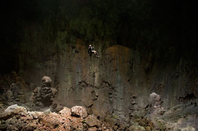 Son Doong Cave Largest Cave In The World I Like To