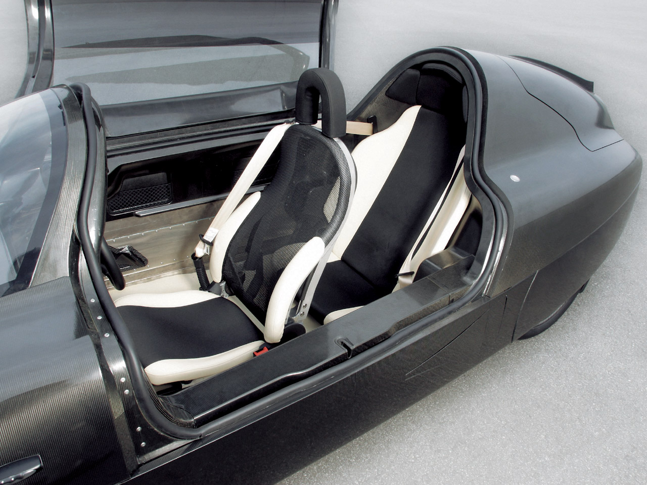 Volkswagen S Single Seater 1 Liter Car Made Using E Technology I Like To Waste My Time