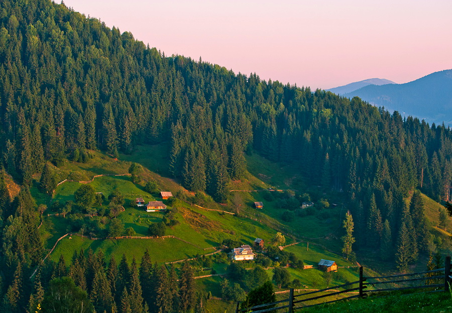 China buys huge swathe of Ukraine in grab for farmland – Channel 4 ...